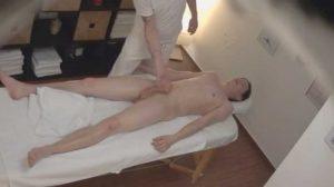 Pillado follando con el masajista